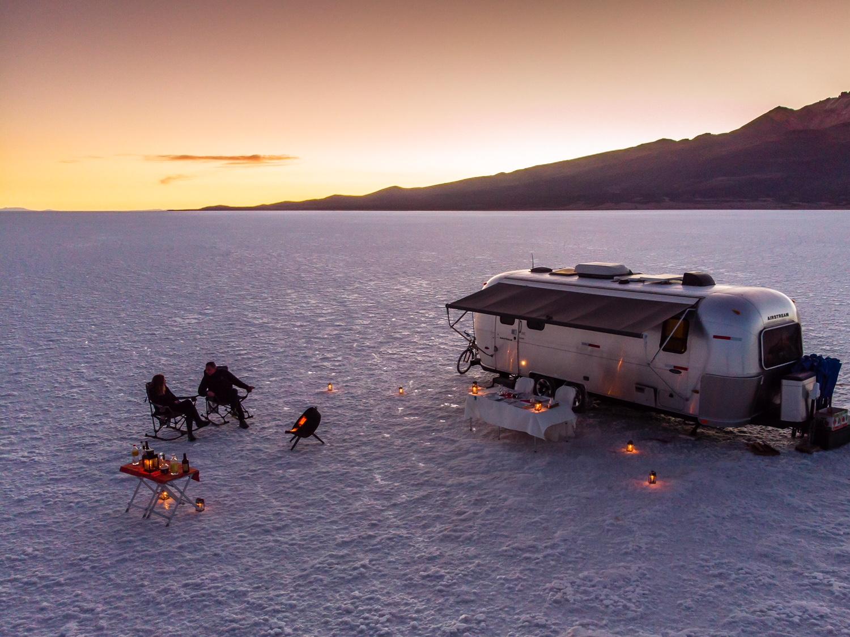 salar uyuni bolivia caravana