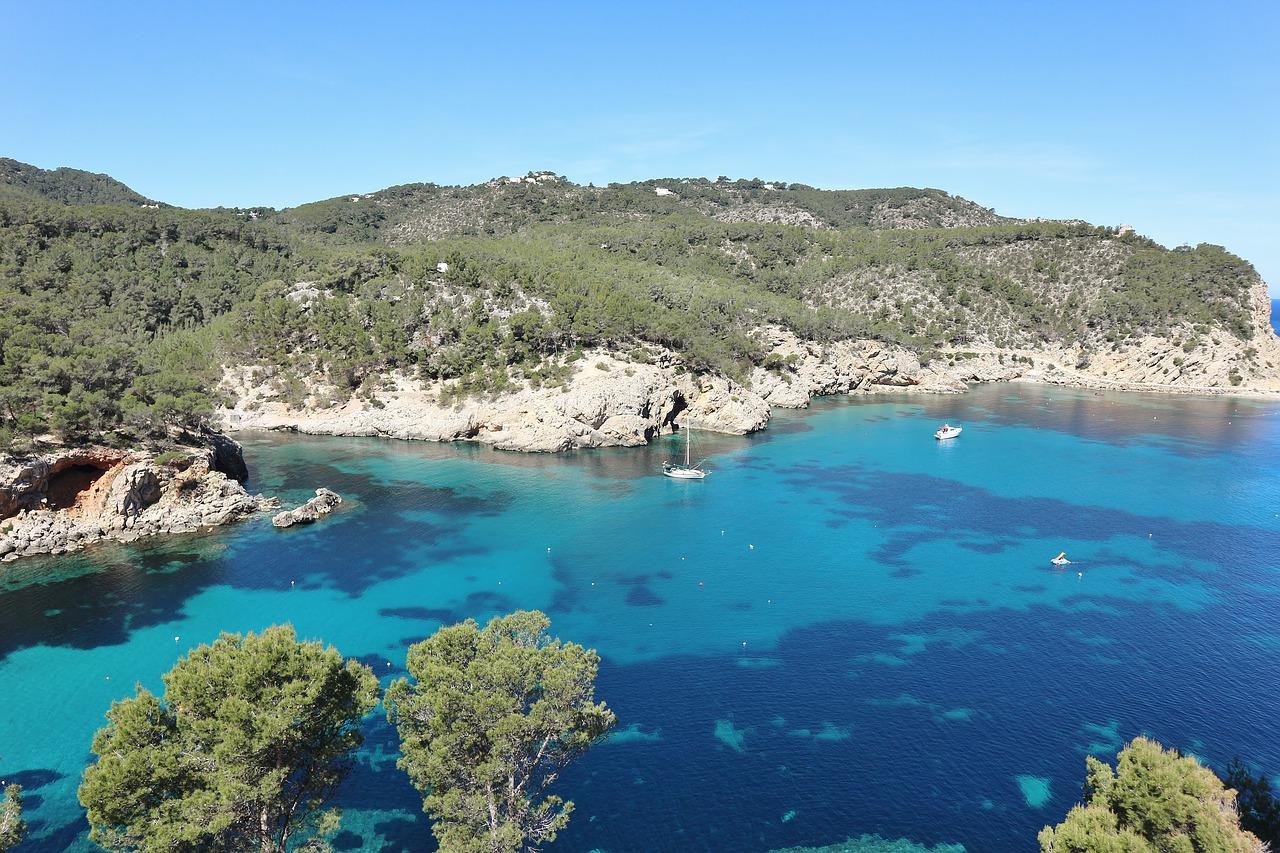 Excursiones en barco por Ibiza